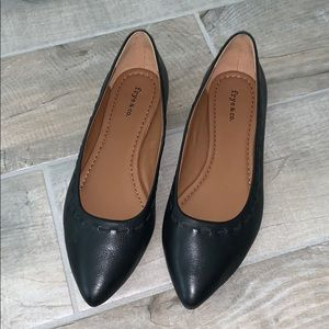Frye & Co Flat Pointed Shoes